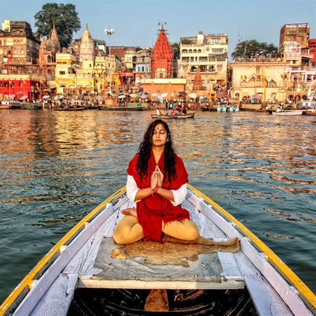 Golden Triangle with Tigers & Holistic Varanasi